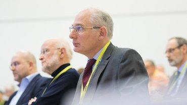 Bild zeigt Dr. Reinhard Rieger bei der Fachtagung für Beamtinnen und Beamte
