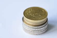 Turm aus Münzen